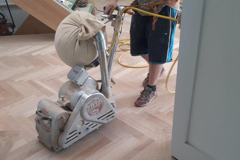 machine pour sablage plancher de bois